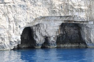 famous pants, sea carving, island Vis shore